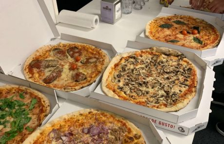pizza at meetup